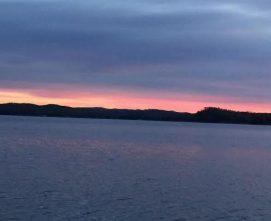 cropped-cropped-lake.jpg